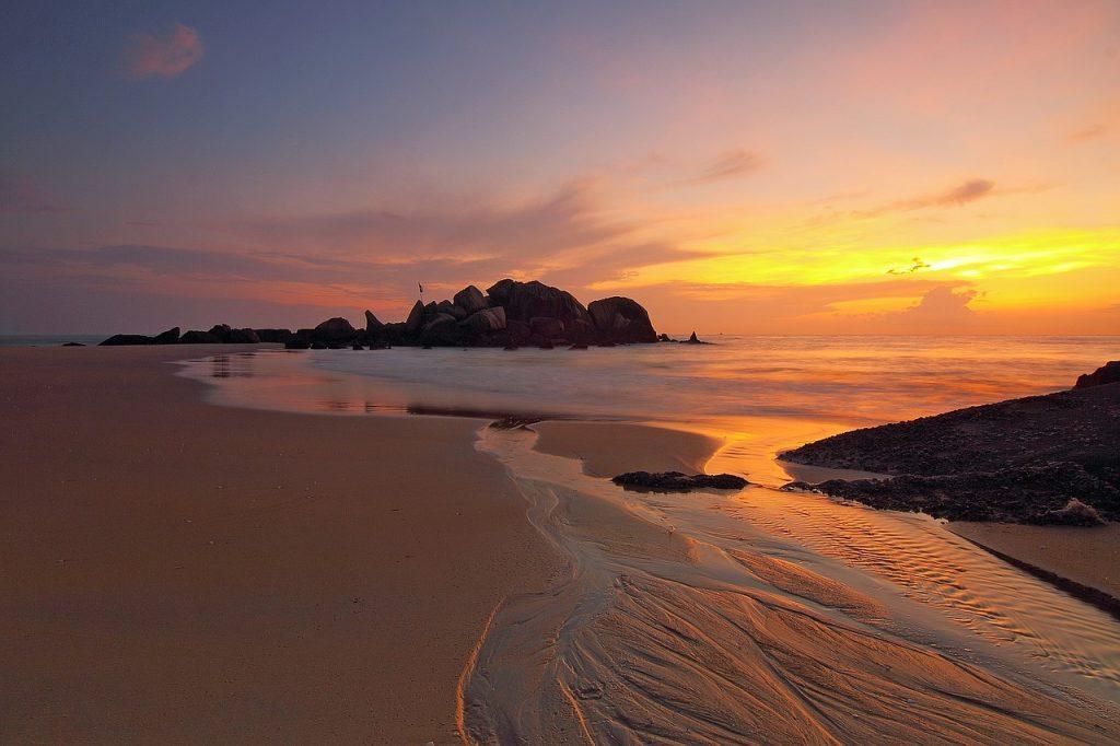 beach dream meaning
