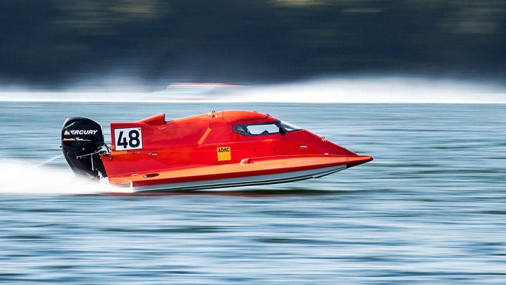 dream sinking boat