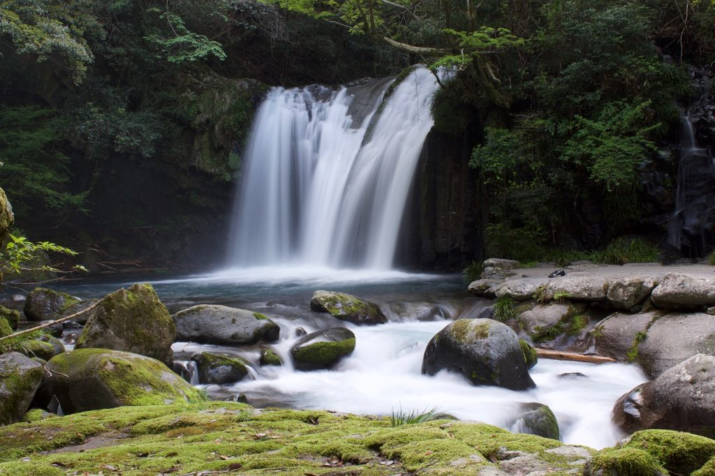 waterfall dream meaning