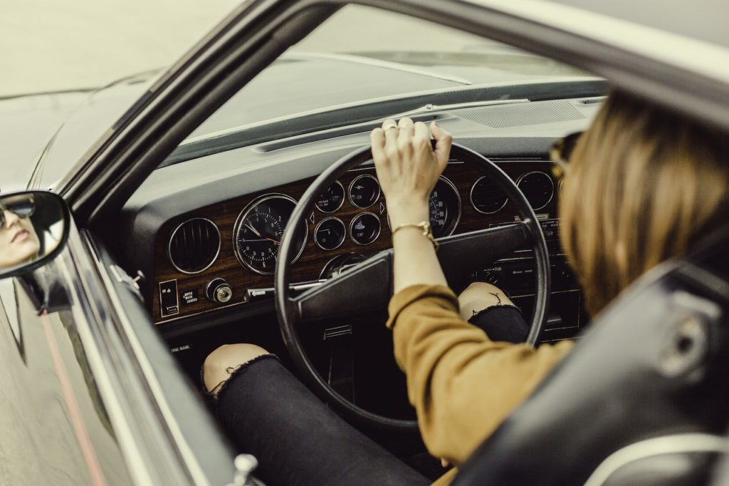 dream interpretation of driving vehicles