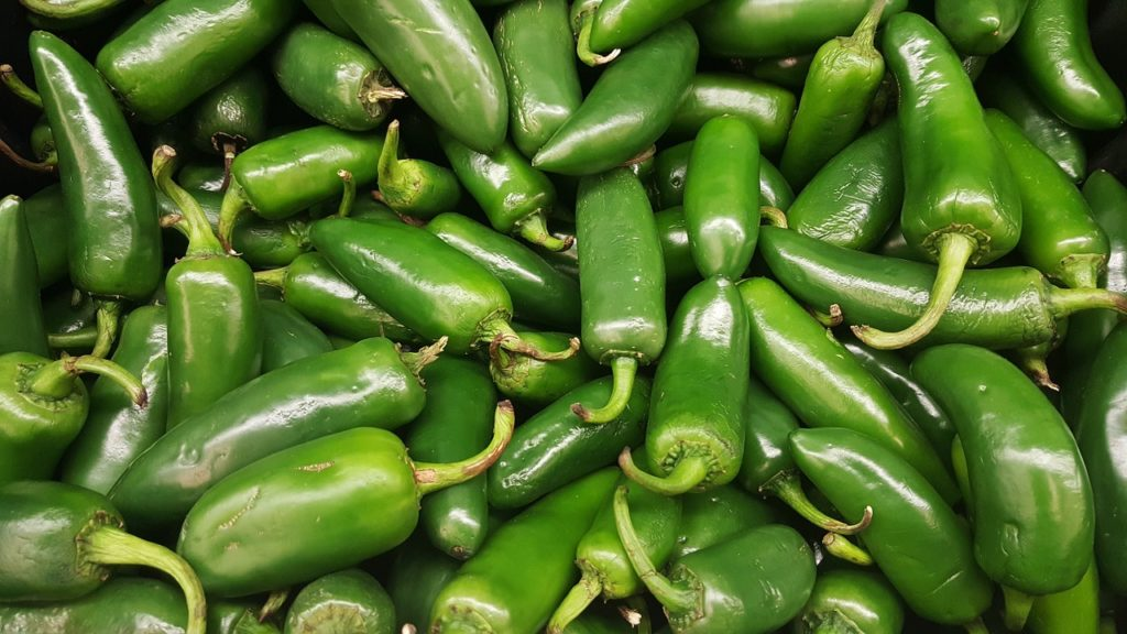 eating green chilli in dream